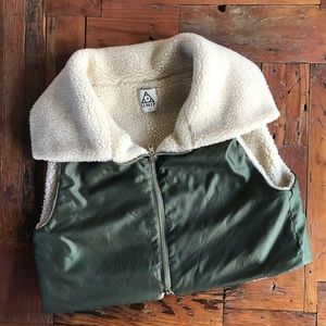 UNIF Sherpa Lined Bomber Vest Army Military Olive